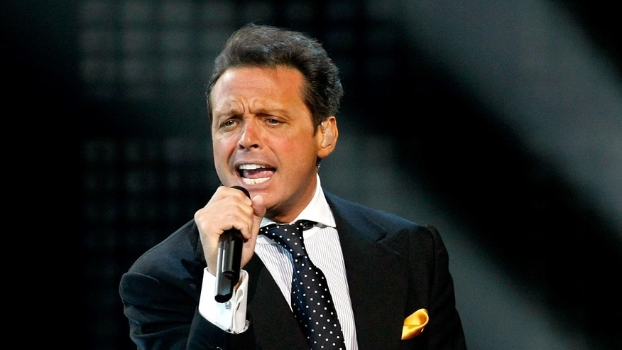 Singer Luis Miguel performs during the first of four sold-out shows at The Colosseum at Caesars Palace September 15, 2010 in Las Vegas, Nevada. Miguel released a self-titled studio album on September 14.