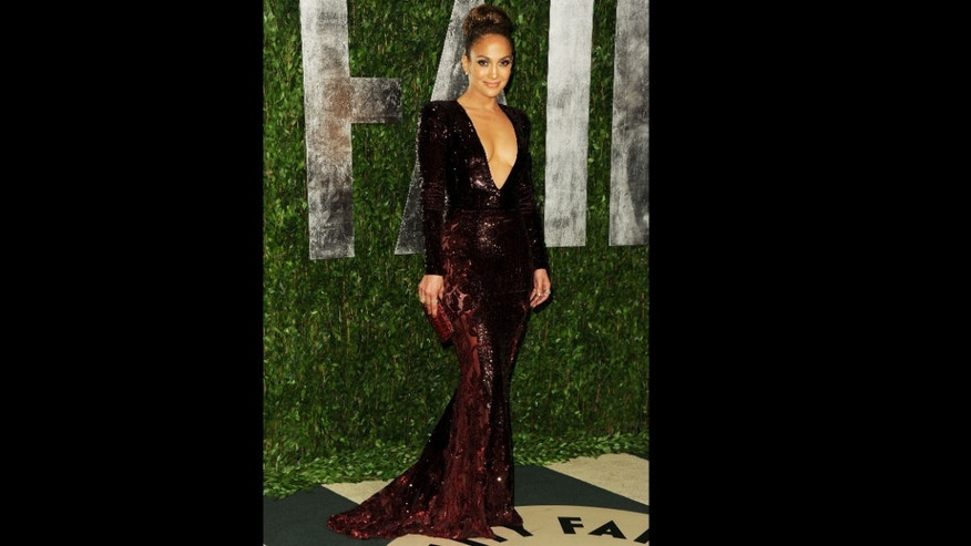 WEST HOLLYWOOD, CA - FEBRUARY 26: Jennifer Lopez arrives at the 2012 Vanity Fair Oscar Party hosted by Graydon Carter at Sunset Tower on February 26, 2012 in West Hollywood, California.  (Photo by Pascal Le Segretain/Getty Images)