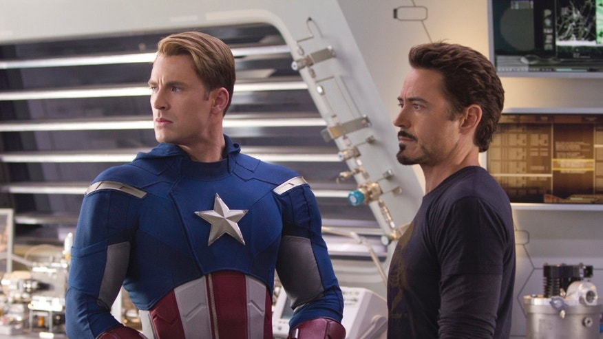 """Marvel's The Avengers"" (L to R) CAPTAIN AMERICA (Chris Evans) and TONY STARK (Robert Downey Jr.)"