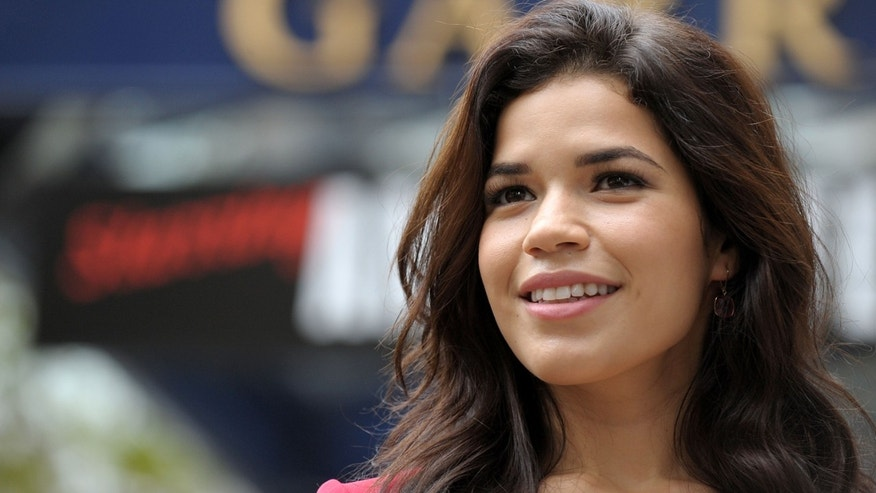 LONDON, ENGLAND - OCTOBER 31:  America Ferrera attends the Chicago photocall to promote her debut in the West End production of Chicago, at Garrick Theatre on October 31, 2011 in London, England.  (Photo by Ben Pruchnie/Getty Images)