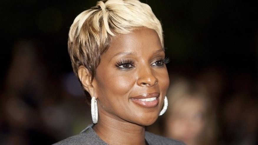Mary J. Blige's foundation FFAWN has failed to pay tuition of at least two of it's scholars.