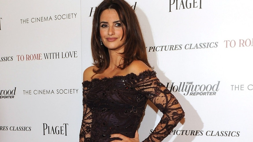 "NEW YORK, NY - JUNE 20:  Actress Penelope Cruz attends the Cinema Society with The Hollywood Reporter & Piaget and Disaronno special screening of ""To Rome With Love"" at the Paris Theatre on June 20, 2012 in New York City.  (Photo by Larry Busacca/Getty Images)"