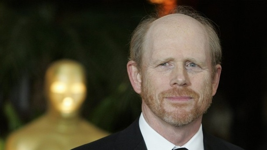 Director Ron Howard arrives as a guest at the Academy of Motion Picture Arts & Sciences 2009 Governor Awards in Hollywood, California November 14, 2009.   REUTERS/Fred Prouser    (UNITED STATES ENTERTAINMENT)