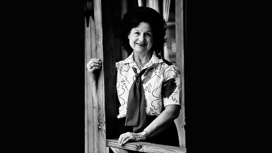 May 1986: Country music singer Kitty Wells in Nashville, Tenn. Wells, the first female superstar of country music, has died at the age of 92.