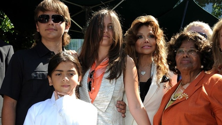 LOS ANGELES, CA - AUGUST 08:  (L-R) Michael Jackson's kids Prince Jackson, Blanket Jackson and Paris Jackson, Latoya Jackson and Katherine Jackson  attend Children's Hospital Los Angeles Receives Michael Jackson Artwork Donation ceremony on August 8, 2011 in Los Angeles, California.  (Photo by Valerie Macon/Getty Images)
