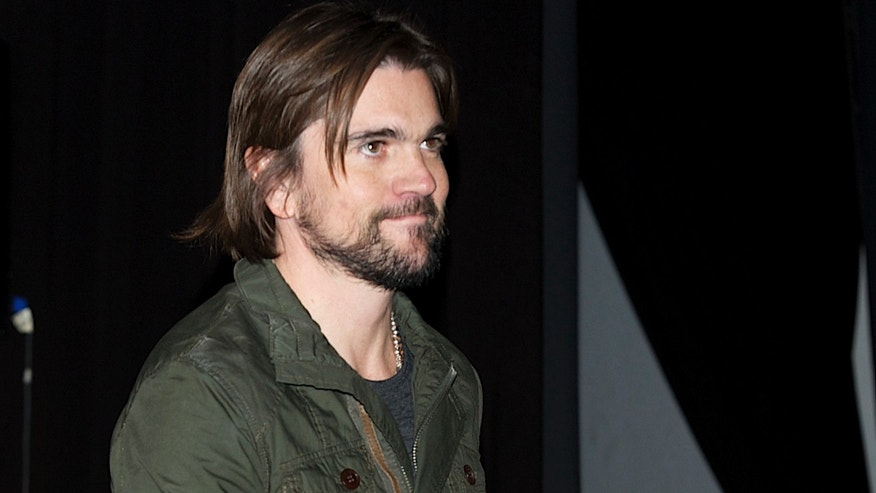 "MADRID, SPAIN - MAY 08:  Colombian singer Juanes presents his new album ""Juanes MTV Unplugged"" at Circulo de Bellas Artes on May 8, 2012 in Madrid, Spain.  (Photo by Carlos Alvarez/Getty Images)"