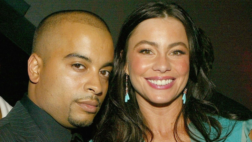 Director Jessy Terrero (L) and actress Sofía Vergara.