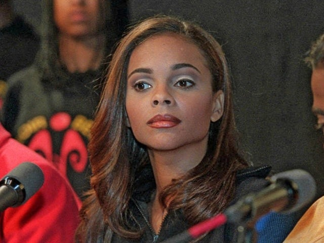 saved by the bell star lark voorhies gives troubling
