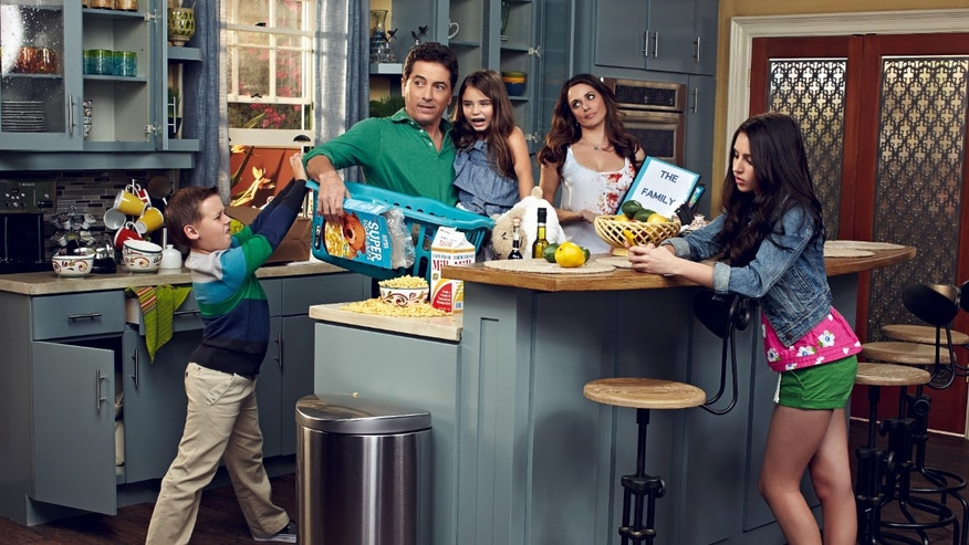 SEE DAD RUN SEASON 1 2012 GALLERYPictured:  Joe Hobbs (Jackson Brundage), David Hobbs (Scott Baio), Janie Hobbs (Bailey Michelle Brown), Amy Hobbs (Alanna Ubach), Emily Hobbs (Ryan Newman),in SEE DAD RUN on Nick at Nite.  Photo: Jim Wright/Nickelodeon. © 2012 Viacom, International, Inc. All Rights Reserved.Show Costume Supervisor: Karo VartanianShow Costume Stylist: Julie BlockShow Costume Assistant: Kim MyerShow Costume Assistant: Deborah OrayaStylish Wardrobe Stylist (SB): Brittany HamptonShow Makeup Artist: Stacy HalaxShow Hair Stylist: Brenda BlattGrooming: Cori BardoHair: Michael KanyonMakeup: Chantal MooreMakeup: Elle LearyRetoucher: Boris Kravchenko