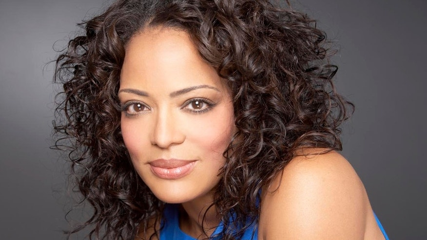 Actress Lauren Velez