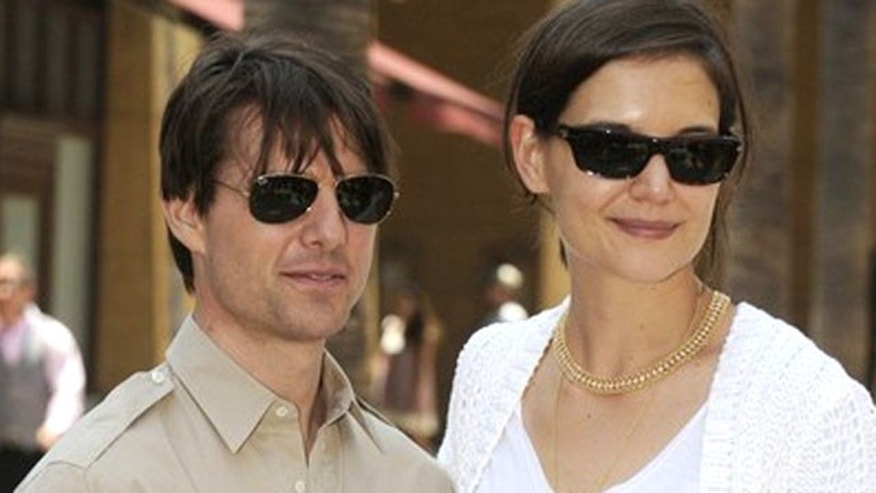 Tom Crusie and Katie Holmes. (Reuters)