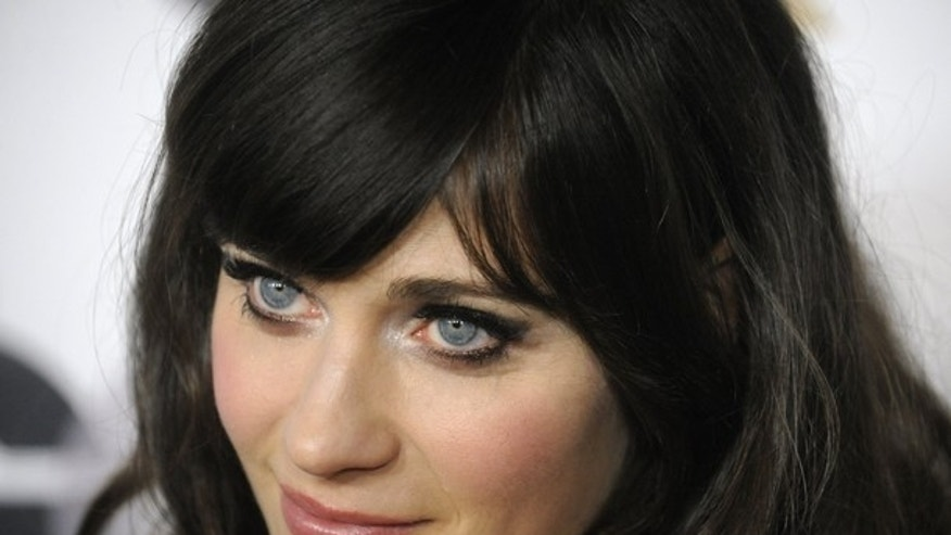 Zooey Deschanel (REUTERS)