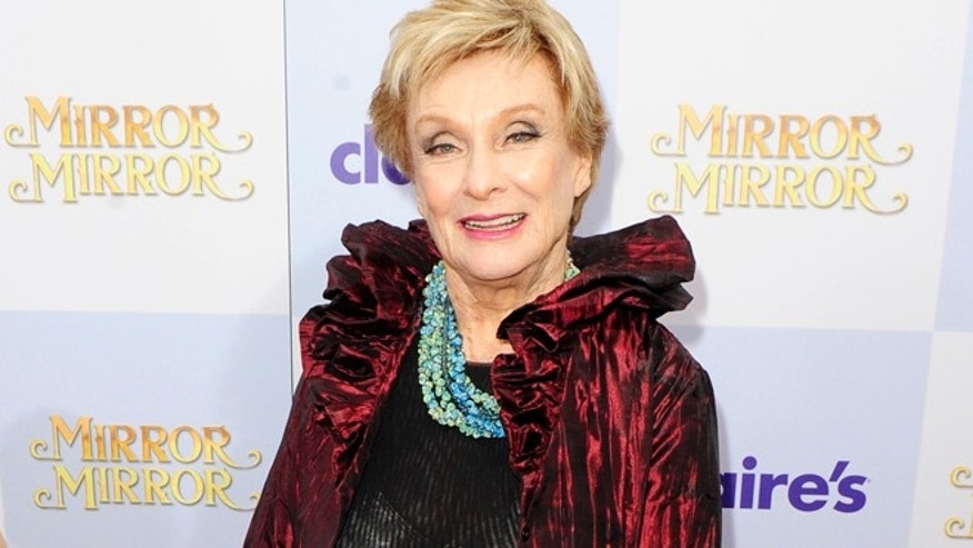 Cloris Leachman poses on the red carpet.