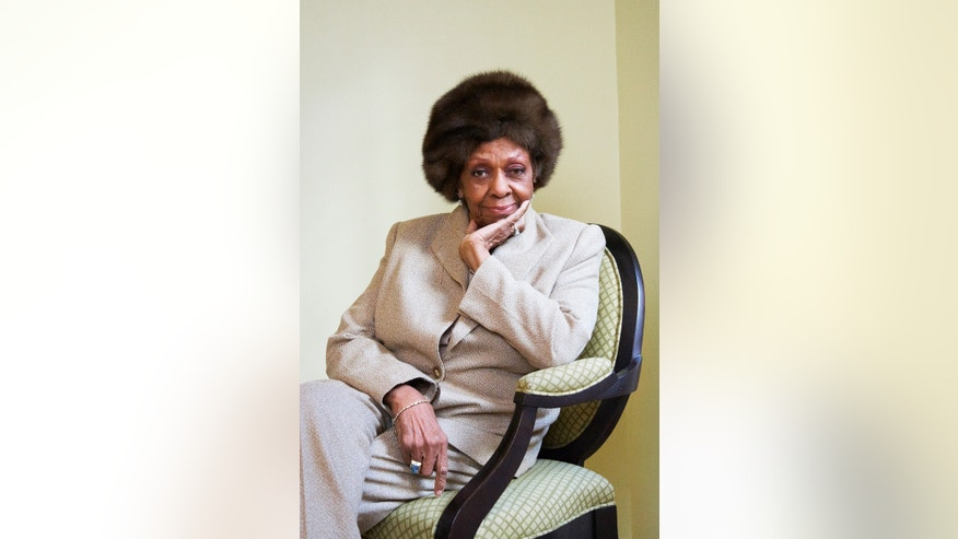 "This Jan. 22, 2013 photo shows American gospel singer and author Cissy Houston posing for a portrait in New York. Houston, mother of the late singer Whitney Houston, is releasing a book, ""Remembering Whitney,"" on Tuesday, Jan. 29.   (Photo by Dan Hallman/Invision/AP)"