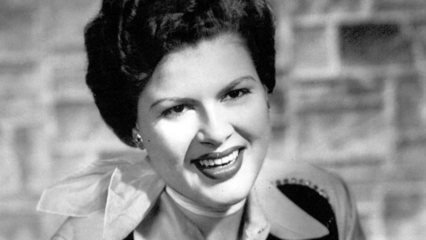 Country music star Patsy Cline is seen in this 1960 file photo.