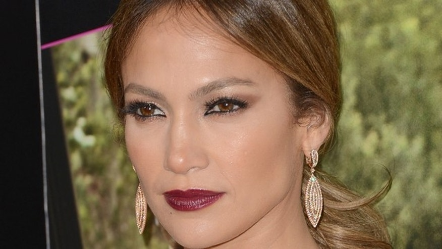 HOLLYWOOD, CA - MAY 14:  Actress Jennifer Lopez attends the Los Angeles premiere of 'What To Expect When You're Expecting' at Grauman's Chinese Theatre on May 14, 2012 in Hollywood, California.  (Photo by Jason Merritt/Getty Images)