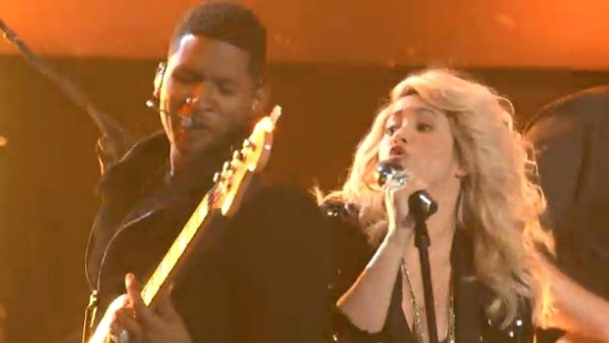 "Shakira and Usher perform in the premiere of this seaon's ""The Voice."""