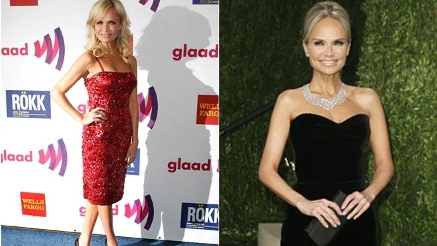 Kristin Chenoweth poses for cameras.