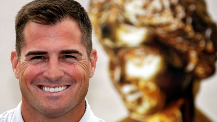 George Eads poses during a photocall at the 48th Monte Carlo Television Festival in Monaco June 11, 2008.