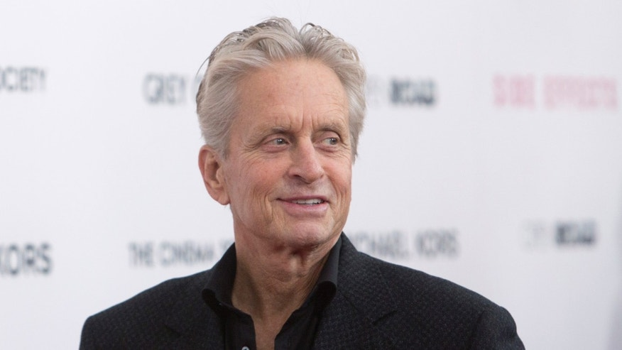 "Actor Michael Douglas attends the premiere of the film ""Side Effects"" in New York January 31, 2013. REUTERS/Andrew Kelly (UNITED STATES - Tags: ENTERTAINMENT) - RTR3D7K3"
