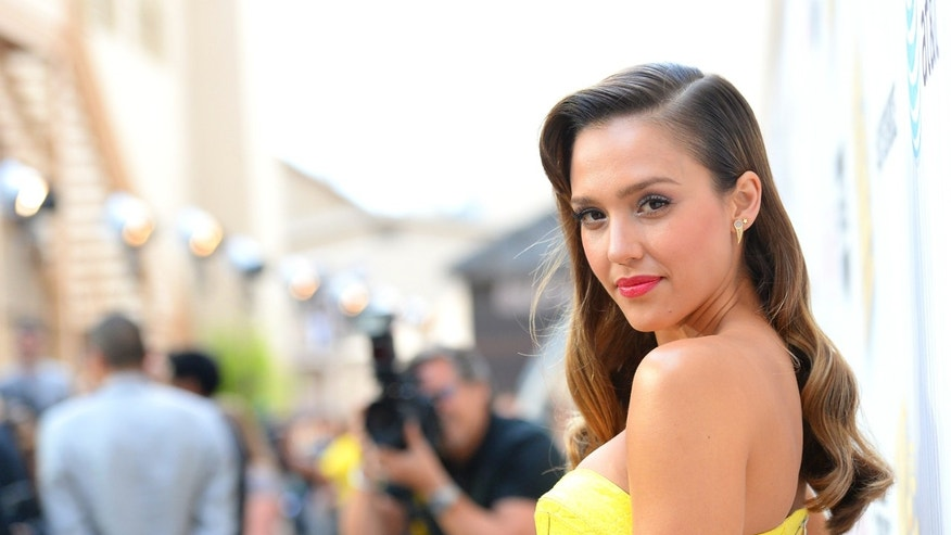 Jessica Alba attends Spike TV's Guys Choice 2013 on June 8, 2013 in Culver City, California.