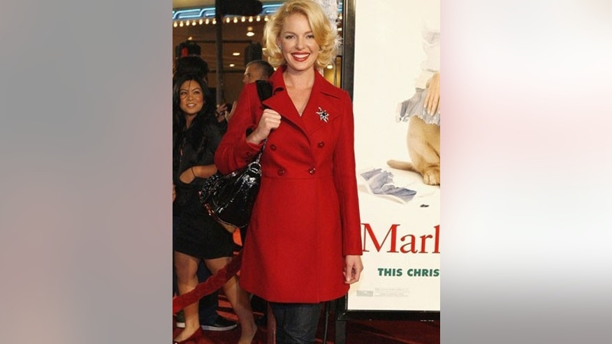 "Actress Katherine Heigl poses at the premiere of the movie ""Marley & Me"" at the Mann Village theatre in Westwood, California December 11, 2008. The movie opens in the U.S. on December 25. REUTERS/Mario Anzuoni   (UNITED STATES)"