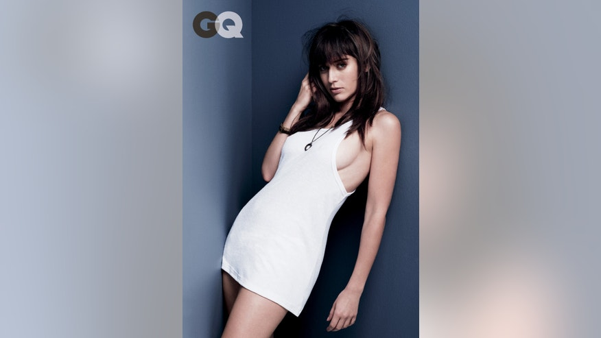Lizzy Caplan appears in GQ.