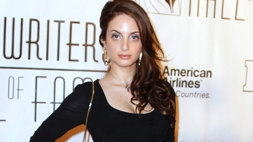 Alexa Ray Joel arrives for the Songwriters Hall of Fame awards in New York June 16, 2011.  REUTERS/Lucas Jackson (UNITED STATES - Tags: ENTERTAINMENT) - RTR2NR7Z