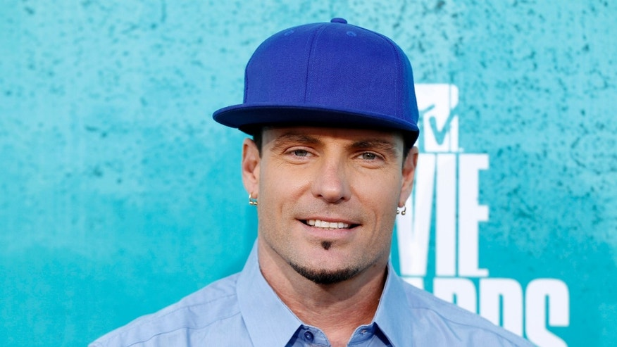 Singer Vanilla Ice arrives at the 2012 MTV Movie Awards in Los Angeles, June 3, 2012.