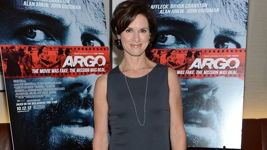 "NEW YORK, NY - OCTOBER 09:  Elizabeth Vargas attends the ""Argo"" screening at the Time Warner Screening Room on October 9, 2012 in New York City.  (Photo by Jason Kempin/Getty Images)"