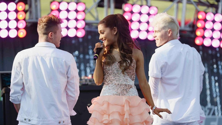 Ariana Grande performs at the 2013 Wango Tango concert at the Home Depot Center in Carson, California May 11, 2013. REUTERS/Danny Moloshok (UNITED STATES - Tags: ENTERTAINMENT) - RTXZJAV