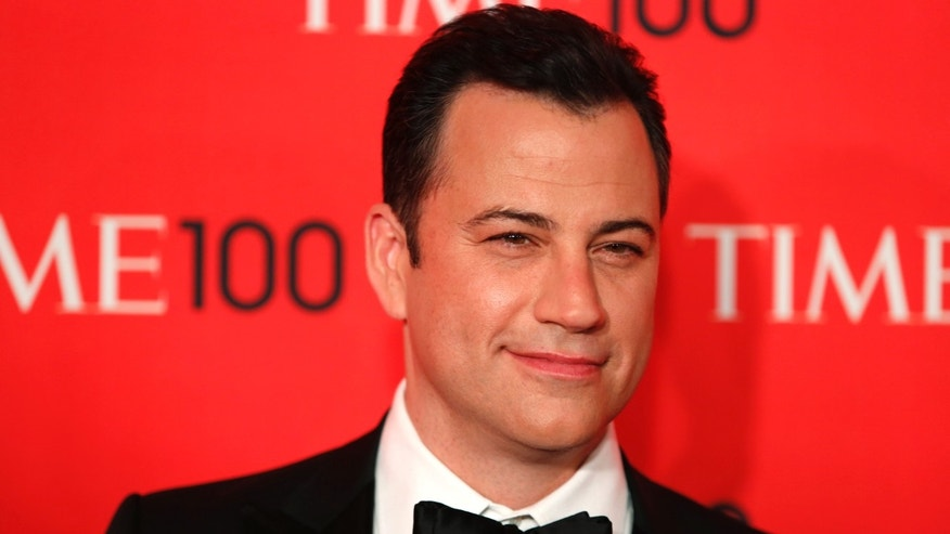Television host Jimmy Kimmel arrives for the Time 100 gala celebrating the magazine's naming of the 100 most influential people in the world for the past year, in New York, April 23, 2013. REUTERS/Lucas Jackson (UNITED STATES - Tags: ENTERTAINMENT) - RTXYXMN