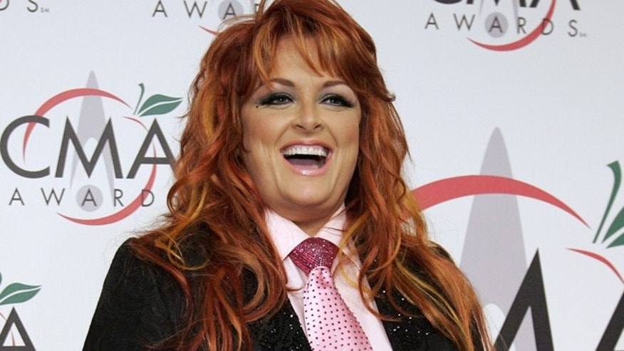 Singer Wynonna Judd arrives for the 39th Annual Country Music Awards, in New York, November 15, 2005.