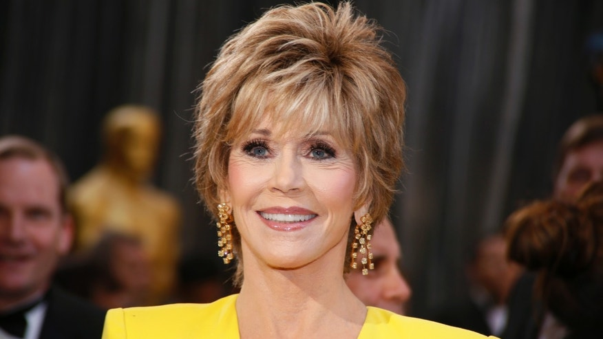 Actress Jane Fonda arrives at the 85th Academy Awards in Hollywood, California February 24, 2013.