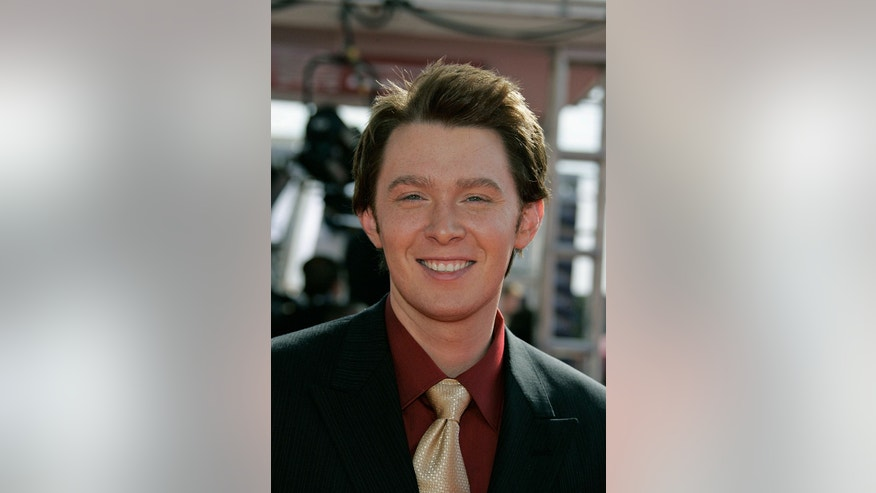 Singer Clay Aiken arrives at the 2005 Primetime Emmy Awards in Los Angeles September 18, 2005.