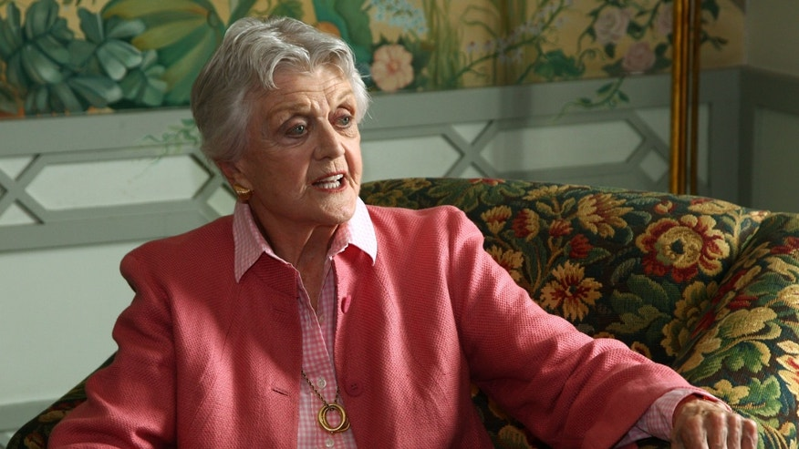 "In this Jan. 7, 2013 file photo, actress Angela Lansbury poses for photos in Sydney, Australia. The 88-year-old actress says its a mistake for NBC to call a new show ""Murder, She Wrote."""