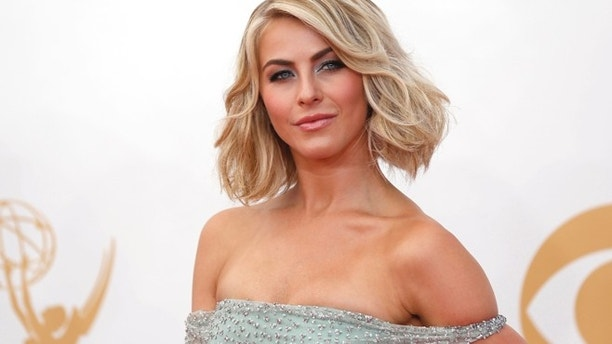 Television Personality Julianne Hough arrives at the 65th Primetime Emmy Awards in Los Angeles September 22, 2013. REUTERS/Mario Anzuoni (UNITED STATES Tags: ENTERTAINMENT) (EMMYS-ARRIVALS)