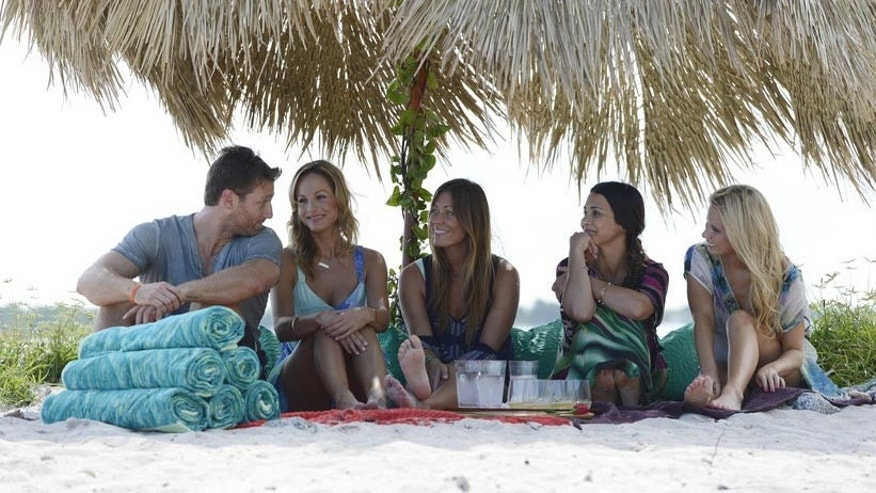 'The Bachelor' Juan Pablo Galavis, Andi, Chelsie, Clare and Renee during a group date in Miami.