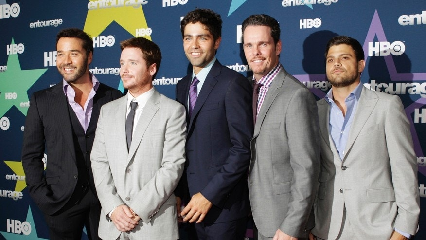 "(Left to right) Jeremy Piven, Kevin Connolly, Adrian Grenier, Kevin Dillon and Jerry Ferrara pose as they arrive at the premiere of HBO's final season of ""Entourage"" in New York July 19, 2011."