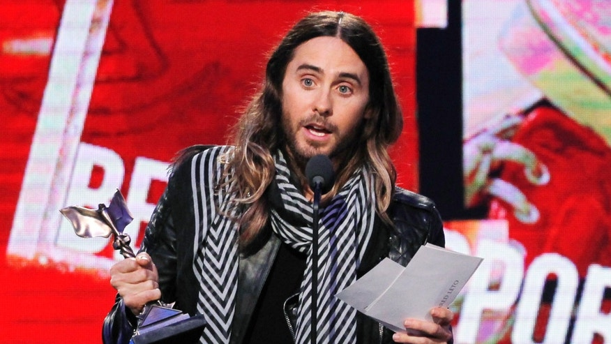 "March 1, 2014. Jared Leto accepts the Film Independent Spirit Awards Best Supporting Male award for the film ""Dallas Buyers Club"" at the 2014 Film Independent Spirit Awards in Santa Monica, California."