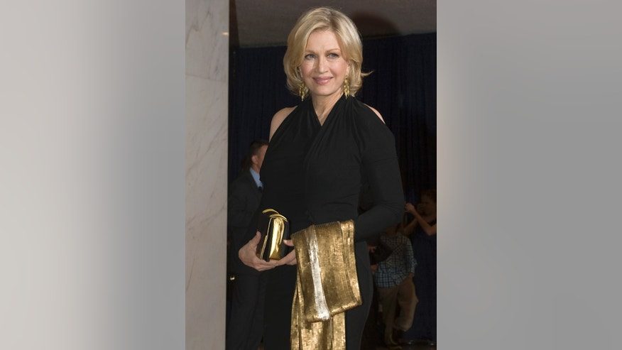 Anchor Diane Sawyer of ABC News arrives on the red carpet for the annual White House Correspondents' Association Dinner at the Washington Hilton in Washington April 28, 2012.  REUTERS/Jonathan Ernst (UNITED STATES - Tags: POLITICS ENTERTAINMENT MEDIA) - RTR31D2R