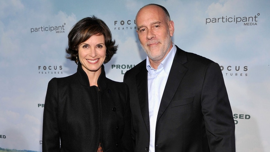 Elizabeth Vargas and Marc Cohn on December 4, 2012 in New York City.