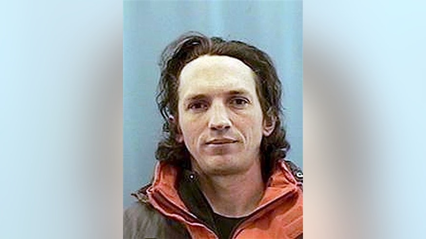 "FILE - This undated handout photo provided by the Anchorage Police Department shows Israel Keyes. An upcoming special episode of Investigation Discoverys ""Dark Minds"" TV series to air April 2, 2014 says it has new information about confessed Alaska serial killer Israel Keyes, including the identity of a potential victim. (AP Photo/Anchorage Police, file)"