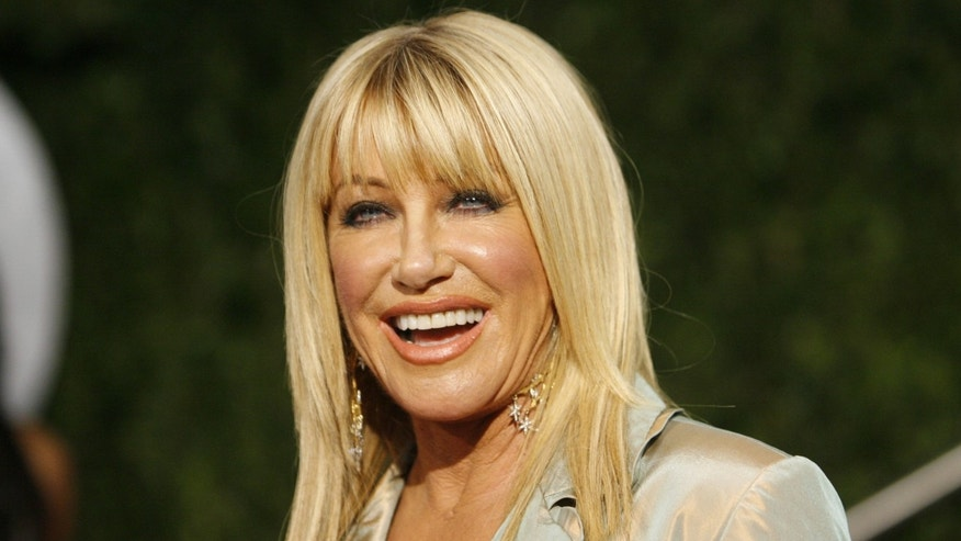 Suzanne Somers arrives at the 2010 Vanity Fair Oscar party in West Hollywood, California March 7, 2010.