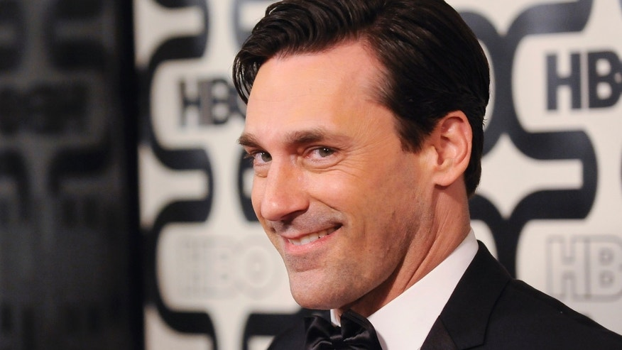 Actor Jon Hamm arrives at the HBO after party after the 70th annual Golden Globe Awards in Beverly Hills, California January 13, 2013.  REUTERS/Gus Ruelas (UNITED STATES - Tags: ENTERTAINMENT)(GOLDENGLOBES-PARTIES) - RTR3CFQU