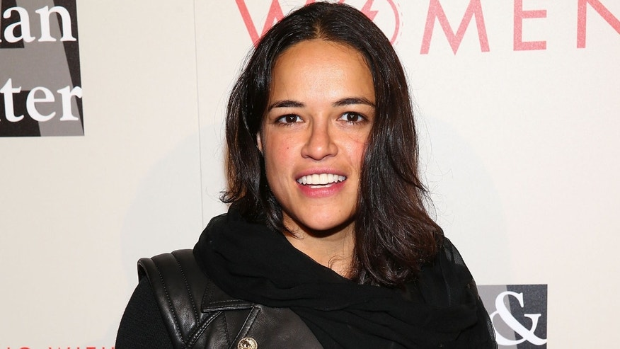 Michelle Rodriguez attends An Evening With Women (AEWW) on May 10, 2014 in Beverly Hills, California.