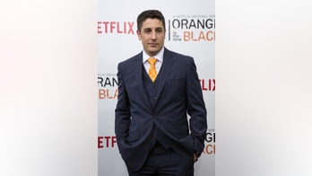 "Cast member Jason Biggs attends the season two premiere of ""Orange is the New Black"" in New York May 15, 2014. REUTERS/Eric Thayer (UNITED STATES - Tags: ENTERTAINMENT) - RTR3PEB2"