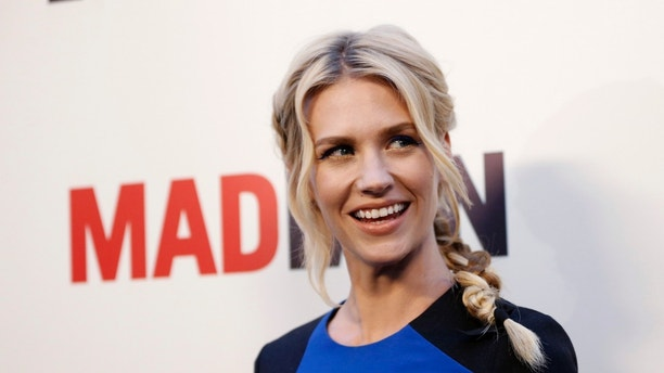 "Cast member January Jones poses at the premiere for the seventh season of the television series ""Mad Men"" in Los Angeles, California April 2, 2014.   REUTERS/Mario Anzuoni  (UNITED STATES - Tags: ENTERTAINMENT) - RTR3JQ45"