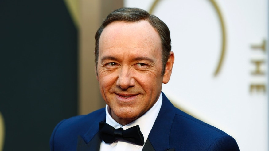 Actor Kevin Spacey arrives at the 86th Academy Awards in Hollywood, California March 2, 2014.   REUTERS/Lucas Jackson (UNITED STATES TAGS: ENTERTAINMENT) (OSCARS-ARRIVALS) - RTR3FYGC
