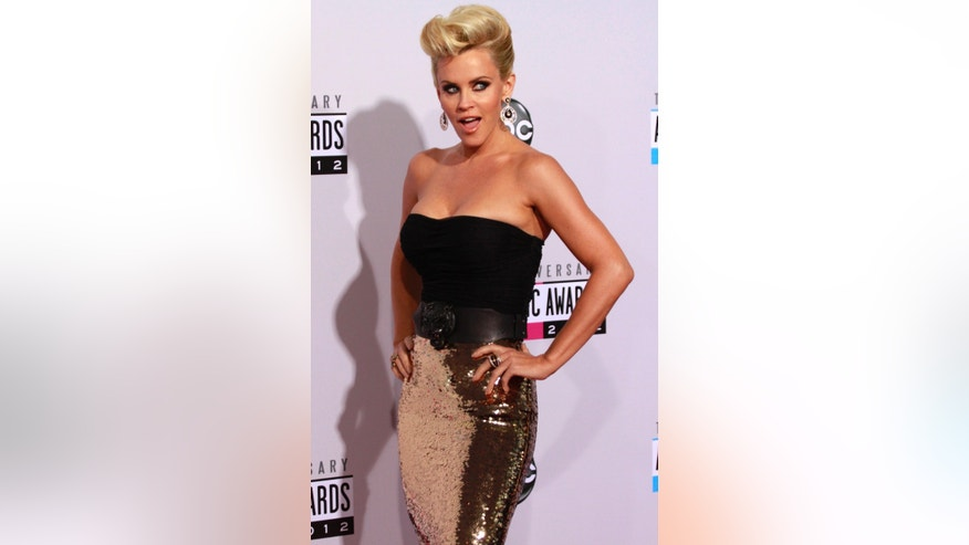 November 18, 2012. Actress Jenny McCarthy arrives at the 40th American Music Awards in Los Angeles, California.